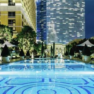 pool 2 - bellagio las vegas - las vegas honeymoon packages