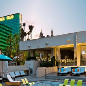 Pool 2 Mgm Grand Hotel Las Vegas Luxury Las Vegas Honeymoon Packages