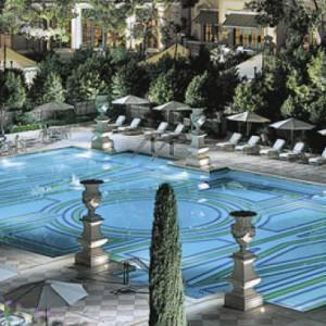pool - bellagio las vegas - las vegas honeymoon packages