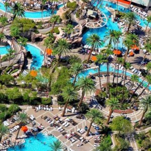 Pools Mgm Grand Hotel Las Vegas Luxury Las Vegas Honeymoon Packages