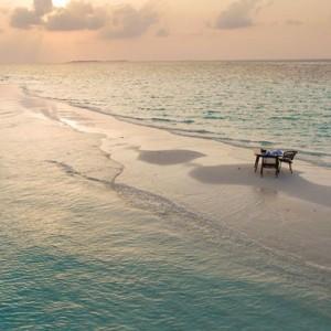 sandbank 2 - Dhigali Maldives - Luxury Maldives Honeymoon Packages