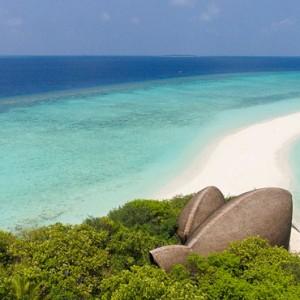 sandbank - Dhigali Maldives - Luxury Maldives Honeymoon Packages