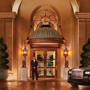 service - the wynn las vegas - luxury las vegas honeymoon packages