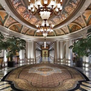 venezia lobby - The Venetian Las Vegas - Luxury Las Vegas Honeymoon Packages