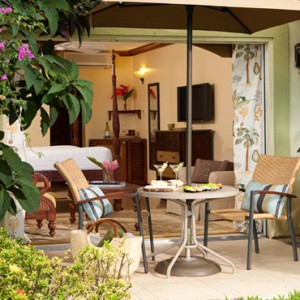 2 Emerald Beachfront Walkout Club Level Room - sandals regency la toc - luxury st lucia honeymoons