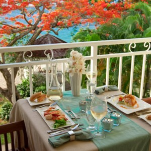 Emerald Honeymoon Beachfront - sandals regency la toc - luxury st lucia honeymoons