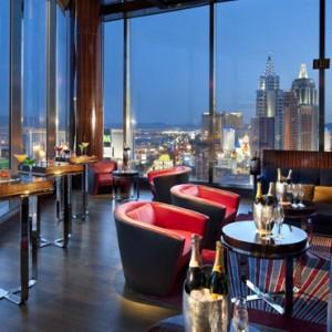 Bar - Mandarin Oriental Las Vegas - Luxury Las Vegas Honeymoon Packages