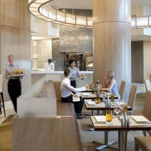 Dining 2 - Mandarin Oriental Las Vegas - Luxury Las Vegas Honeymoon Packages