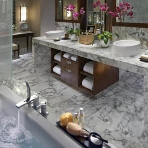 Dynasty Suite 3 - Mandarin Oriental Las Vegas - Luxury Las Vegas Honeymoon Packages