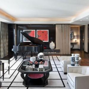Emperor Suite 5 - Mandarin Oriental Las Vegas - Luxury Las Vegas Honeymoon Packages