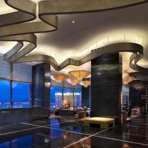 Lobby 2 - Mandarin Oriental Las Vegas - Luxury Las Vegas Honeymoon Packages