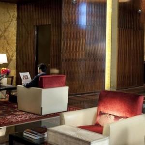 Lobby - Mandarin Oriental Las Vegas - Luxury Las Vegas Honeymoon Packages