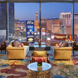 Lounge - Mandarin Oriental Las Vegas - Luxury Las Vegas Honeymoon Packages