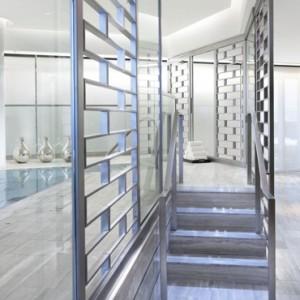 Pool - Mandarin Oriental Las Vegas - Luxury Las Vegas Honeymoon Packages