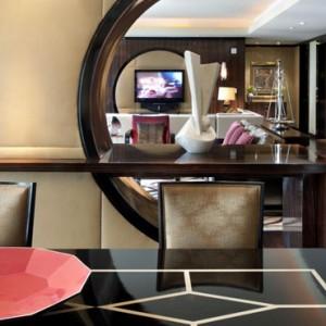 Rooms - Mandarin Oriental Las Vegas - Luxury Las Vegas Honeymoon Packages