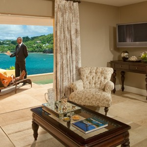 Sunset Bluff Honeymoon Oceanfront One Bedroom Butler Villa Suite with Private Pool - sandals regency la toc - luxury st lucia honeymoons
