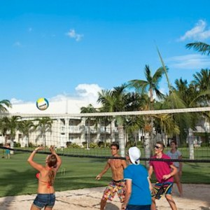 Volley ball-sugar beach resort-luxury mauritus honeymoon dreams