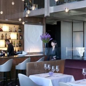 dining 4 - Mandarin Oriental Las Vegas - Luxury Las Vegas Honeymoon Packages