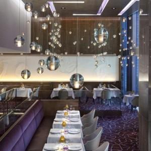 dining 5 - Mandarin Oriental Las Vegas - Luxury Las Vegas Honeymoon Packages