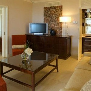 suit lounge-sugar beach resort-luxury mauritus honeymoon packages