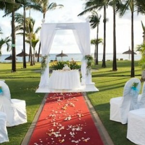 wedding ceremonyx2-sugar beach resort-luxury mauritus honeymoon packages