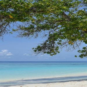 Bandos Maldives - Luxury Maldives honeymoon packages - beach