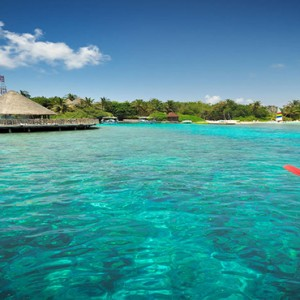 Bandos Maldives - Luxury Maldives honeymoon packages - kayaking