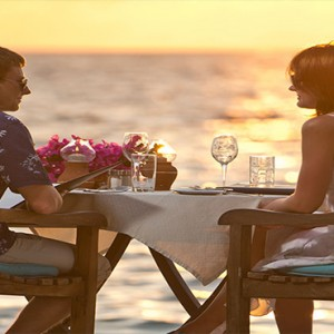 Bandos Maldives - Luxury Maldives honeymoon packages - private dining