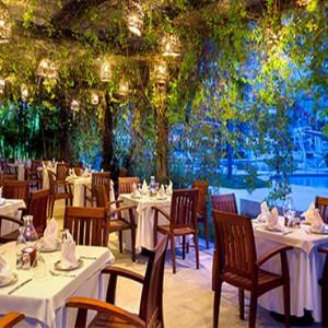 Hard Rock Hotel Vallarta - Luxury Mexico Honeymoon Packages - Frida restaurant