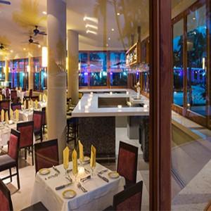 Hard Rock Hotel Vallarta - Luxury Mexico Honeymoon Packages - Ipanema restaurant