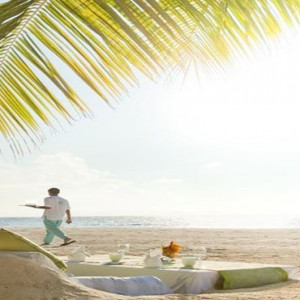 Outrigger Konotta Maldives Resort - Luxury Maldives Honeymoon Packages - Beach dining