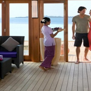 Vilamendhoo Island resort and spa - Luxury Maldives Honeymoon Packages - Duniye spa