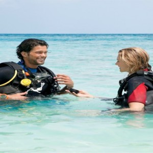 Vilamendhoo Island resort and spa - Luxury Maldives Honeymoon Packages - scuba diving