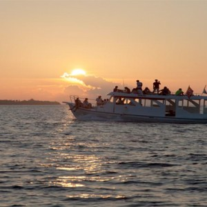 Vilamendhoo Island resort and spa - Luxury Maldives Honeymoon Packages - sunset cruise