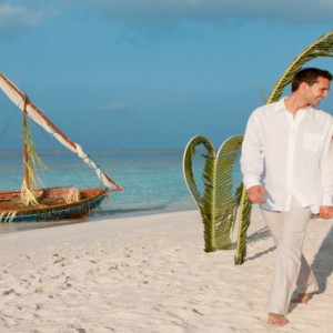 Vilamendhoo Island resort and spa - Luxury Maldives Honeymoon Packages - wedding ceremony