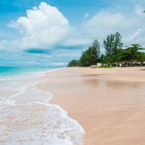 beach 2 - Layana Resort Koh Lanta - luxury thailand honeymoon packages