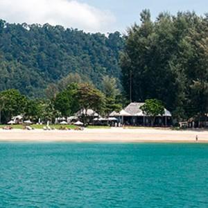 beach 4 - Layana Resort Koh Lanta - luxury thailand honeymoon packages
