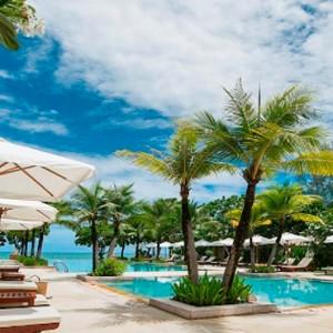 infinity pool 2 - Layana Resort Koh Lanta - luxury thailand honeymoon packages