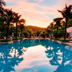 infinity pool 4 - Layana Resort Koh Lanta - luxury thailand honeymoon packages