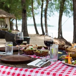 sands bar 2 - Layana Resort Koh Lanta - luxury thailand honeymoon packages