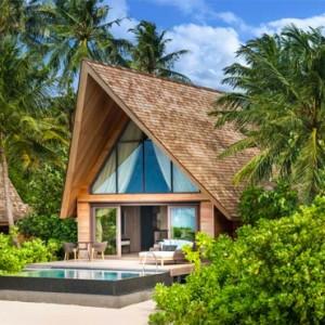 Beach Villa with Pool - st regis maldives vommuli - luxury maldives holidays