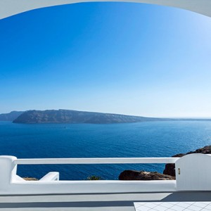 Charisma Suites Santorini - Luxury Greece Honeymoon packages - stunning view1