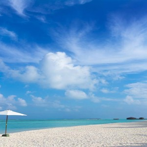 Cocoon Maldives - Luxury Maldives Honeymoon Packages - beach