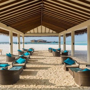 Cocoon Maldives - Luxury Maldives Honeymoon Packages - beach seating