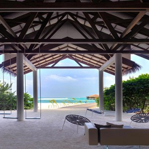 Cocoon Maldives - Luxury Maldives Honeymoon Packages - relaxing area