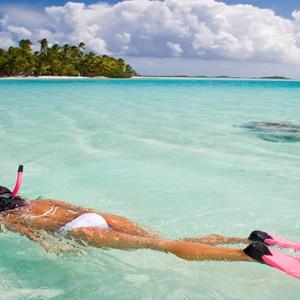 Cocoon Maldives - Luxury Maldives Honeymoon Packages - snorkeling