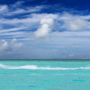 Cocoon Maldives - Luxury Maldives Honeymoon Packages - watersports