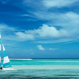 Cocoon Maldives - Luxury Maldives Honeymoon Packages - watersports1