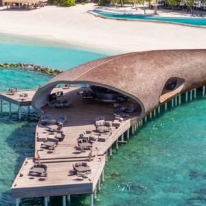 dining 7 - st regis maldives vommuli - luxury maldives holidays