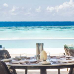 dining - st regis maldives vommuli - luxury maldives holidays